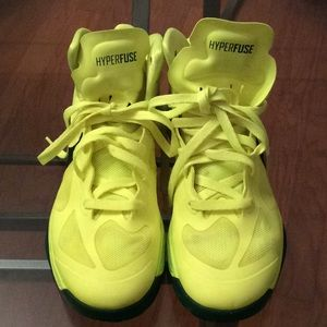 NIKE HYPERFUSE PREOWNED Gorge Green